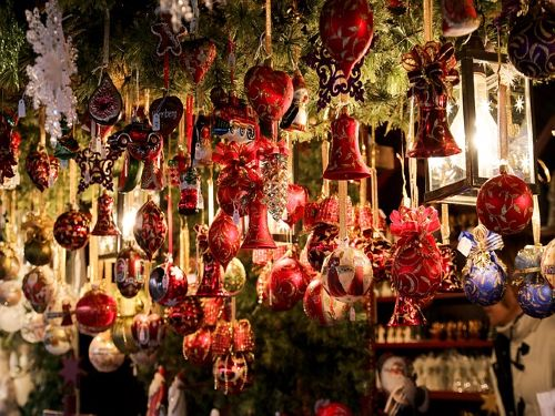 Manchester Christmas Markets & Tribute Weekend